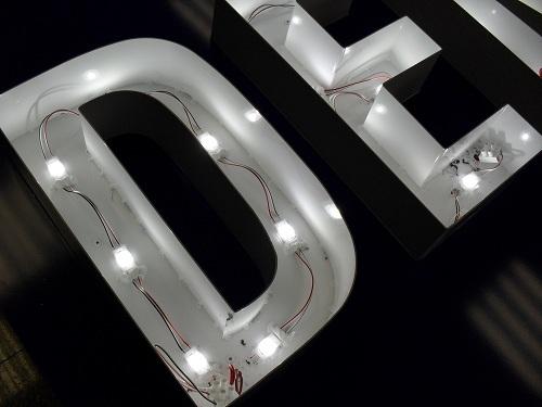 Tiras led para letras corpóreas